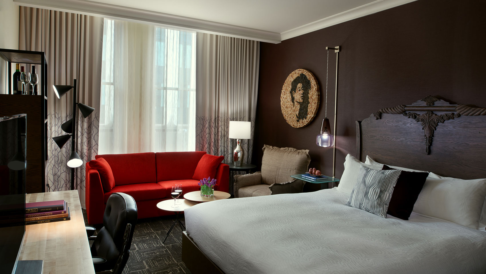 King Guestrooms at Kimpton Hotel Vintage Portland